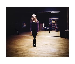 5x4 portraiture dancer kodakportra400 studio