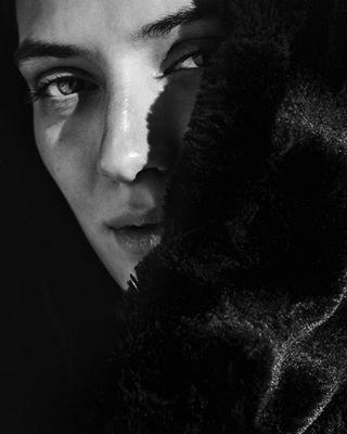 muse portrait woman shooting sarahmangeret