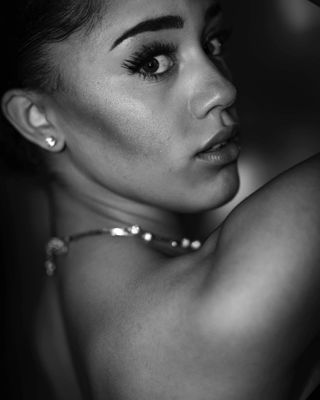 headshit nightphotography portrait