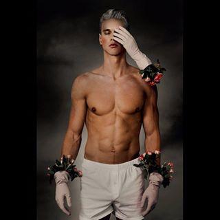 darkbeauty photography surrealism models fashion surrealismphotography editorialphotography
