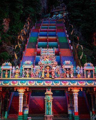 kualalumpur colourful batucaves iconic malaysia explore travelgram stairs art travelphotography sight creator creative travel