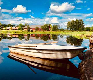 countryhouse lake sweden