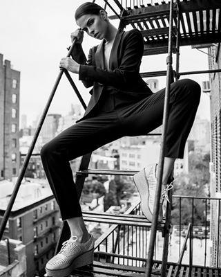ellespain vogueindia fashionshooting vintageclothing glamourmagazine photovogue newyorkcity vogueespaña zeisscameralenses ellemagazine newyorkmodels sonyalpha fashioneditorial harpersbazaar nyc voguemagazine