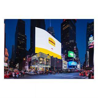 bigapple newyork architecturalphotography locationphotographer timessquare nyc mcds mcdonaldstimessquare landini interiorphotography newwork mcdonalds