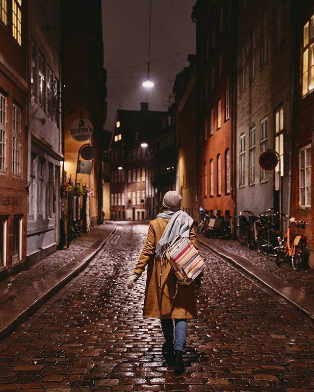 rain streetart nightphotography photography sonyalphasclub sonyalpha streetphotography copenhagen sonya7