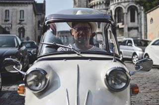 tdp microcar paris love nikon tdp2018 tiger photoshop traverseedeparis2018 photooftheday igersfrance instagood traverseedeparis car fun funny vintagecar photography picoftheday fmr france montmartre