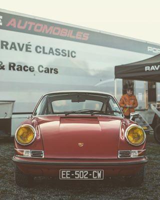 porscheclassic 911 yellow headlights classicporsche classic car petrolhead vintage classicdriver porsche red