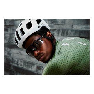 minimal poc helmet athlete cycling roadbike portrait shades cyclist pasnormalstudios sports