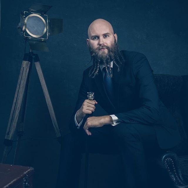 beardo cinematicportrait commercial dramaticportrait fineartportrait finnishman godfather helsinkiphotographer naisvalokuvaajat stylish taidekuva ullanlinna valokuvaus