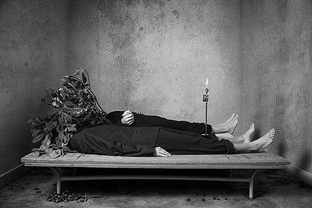 death arte morte dead double surreal doppio blackandwhite fineart art grotesque surreale decadentism decadente existenzialism macabre men decadence