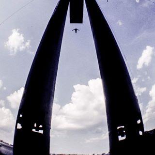 35mm analog analogphotography cliffdiving film fisheye grainy highdive lomo lomofisheye lomography shotonfilm splitsecond sport