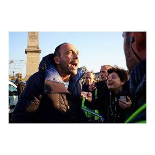 actu blocage demonstration france fujifilm giletjaune news paris photography