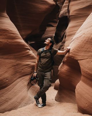 antelopecanyon arizona arizonaweddingphotographer elopementlove friends weddingphotography