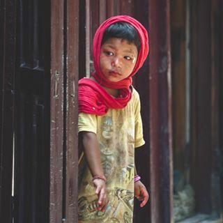 katmandu lonelyplanet fotoviaggi peopleoftheworld nepal nikond700 onedayonephoto travelphoto people vogue photoblogger nepalgirl travelblogger potrait photoblog potraitphotography nikon nationalgeographic travelbloggeres mypic phototravel