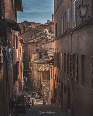 alley cityscape culture ff followback houses instagood instagoodmyphoto italien italy oldtown photooftheday siena sienaitaly toskana tuscany