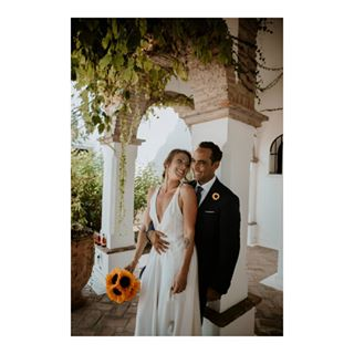 couple fotosdeboda spain estepona boquete feliz epic marbella villacisne bride bodasconestilo weddingphotography weddingstyle españa weddingphotographer gracias boda weddingphotographersociety wedding heiratsbräu fotografia malaga dress amor fotografodebodas happy love