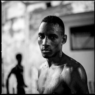 portrait kodak portraitphotography havana analogphotography hasselblad500cm mediumformat portra400