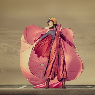 fallschirm pinkdress upperdeck fashionpic fashionfoto skydive clouds parachute overall