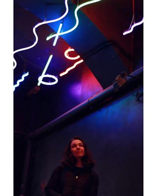shine smile rapariga discoverportugal portrait_ig portrait_vision colourgraffiti portraitshooterz shooters_pt colour details glow neon facesofportugal cute neonart portugalcomefeitos hopeyouremember cabeloescuro portrait colorfull portraitphotography