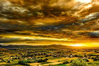 clouds dtampakiotis earlymorning fields landscape photography sky