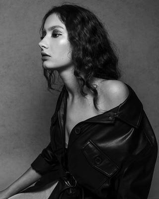 model beauty bnwgreatshots modelagency kdpeoplegallery styling fashionphotography makeup profotoa1 fpcha blackandwhite modeltest