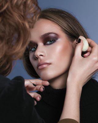 femalemodel beauty studio beautymodel pose photography canon makeup model makeuplook modellife