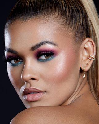 beauty retouching model portrait femalemodel beautyphotography photography potd beautyretouch beautyportait