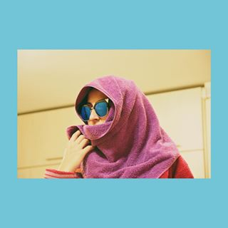 towel glasses👓 weirdo vscobalkan weirdart girl glassesgirl picoftheday girlpower instagood photoshootfun vscocam photoshooting womensfashion vsco girls photoshoot moodygrams girlphotography vscofilter weird vscodaily vscoart photoshoot📷 vscogram photoshoots moody vscox glasses