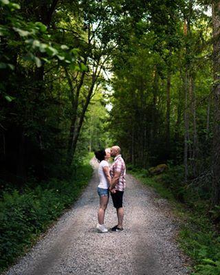 häät2019 häät2018 engagement💍 parikuvaus savethedate ruissalo valokuvausturku valokuvaajaturku turku pariskuntakuvaus metsätie kuuvannokka couplephotographer igturku kihlajaiset päivämuistiin tobemarried kihlakuva