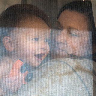 visualstoryteller storyteller lifestylephotographer mothersday2020 mommyandson mommysboy mommylove extraordinarymoments windowportrait throughthewindow throughthelens TheWindowPortraitPriject babyface quarentinelife covid19