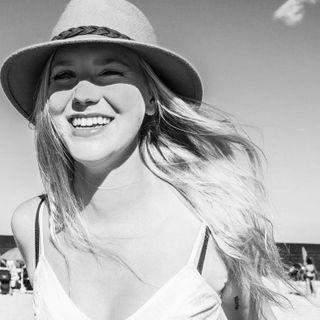 beachdaysarethebestdays bw blackandwhitephotography nycphotographer njphotographer daughterofarockstar teenmodel asburypark capturedmoment lifestylephotography extraordinarymoment visualstoryteller storyteller summervibe