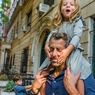 authenticimages reallife fatherdaughtertime fatherknowsbest daddysgirl fathersday notyourtypicalfamilyportrait familyportraits nycphotographer lifestylephotographer njphotographer peekaboo extraordinarymoment