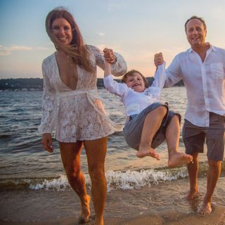 sunsetshoot baybeach sandhooknationalgateway familytime beachvibes beachlife familyportraits visualstoryteller extraordinarymoment extraordinarymoments