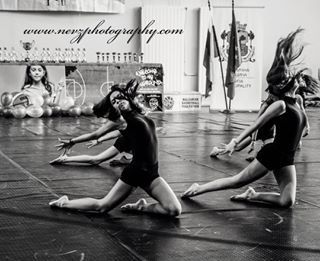 blackandwhite dance nevzphotography photography storytime magic nevzphotographystudio