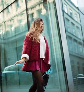 street girl colorful tbt glass people budapest urban picoftheday streetstyle hungary colors portrait red blue fashion ukraniangirl europe 35mm nikon casual