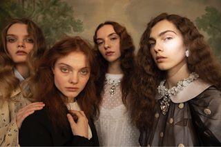 burberry canonambassador london canon femalephotographer commonsense wandamartin japanese imgmodels japan nextmodels womenswear riccardotisci paris fashionmagazine fashion