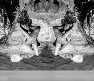 nudegirl lookmeintheeye sea oneeye mirror contemporaryartphotography photoartwork amazingmodel rocks nakedgirlsimages sun artgallery upsidedown fineartphotography nudeportraits girlbody