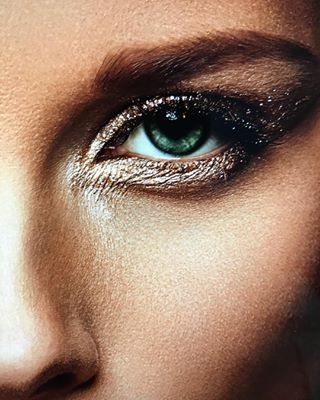 andyhuemmer canonphotography eyes retouching lovemyjob sigma35mmart look motivationmonday closeup beauty makeup fotografie