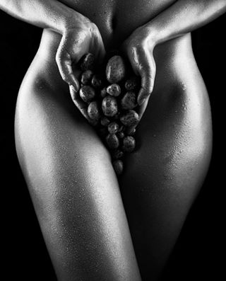 bnw bnw_greatshots bnw_legit masters_in_bnw nudephotography nude bnw_drama nudeart