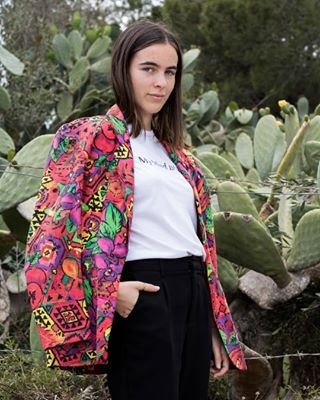 palma girlpower mallorca girlportrait instafashion fashionphotography fashion vintage secondhand