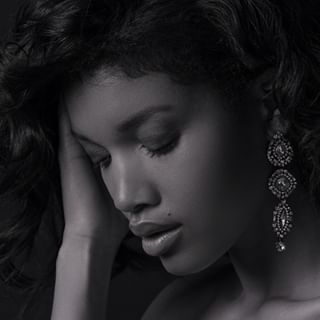 joaillier shooting blackandwhite jewels model advertising pentax645z diamant paris