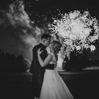 weddingday weddingseason bride ukwedding weddingphotograper weddingfireworks groom edinburghwedding realwedding dreamwedding uk_ports instabride weddingphotography scotlandweddingphotographer