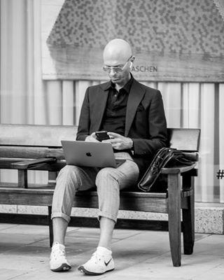 apple bnw laptop london mac newera photoshoot working