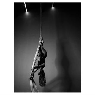 atx olympuscamera atxphotographer femaleform straps silks bnw_greatshots dancephotography photography dance austintx austinphotographer blackandwhitephotography portraitphotography aerials aerialsilks atxphotography skycandy photographer female aerialstraps blackandwhite danceaustin danceatx austinphotography