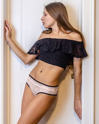 beautiful beautifulgirl beautifulgirls beautifulwomen beauty lingerie lingeriemodel model taliamint