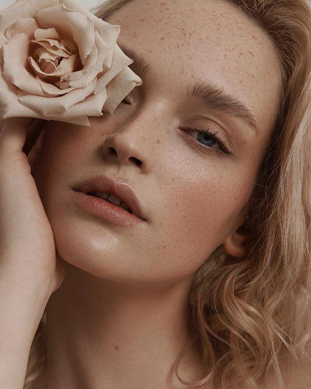 piekno inbeautmag feminine beautyretouch uroda moda muse beauty retouching beautyphotography fotografia