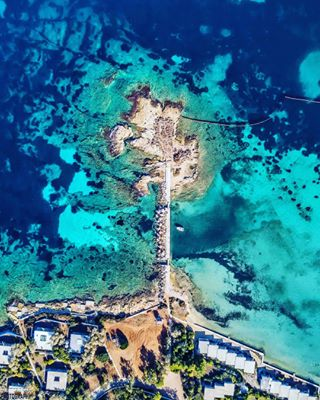 aerial aerialphotography athenscoast dji djimavicpro drone droneflights dronefly drone_greece dronepanorama dronepilots drones droneu expression_greece exquisite_greece fly glyfada igathens ig_drone igers_greece ig_greece kings_greece mavic mavicpro photography sea seascape thegreekblue wu_greece