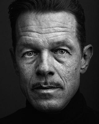 closeup portraitphotography portrait rangefinder blackandwhite 75mm leicacamera intense