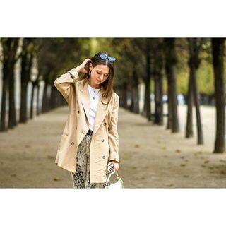 stradilooks fashion france vintage handbag pants coat lifestyle nikon jardindupalaisroyal parfois paris stradivarius snakeprint zara sunglasses palaisroyal jardin fashionista model