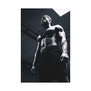 blackandwhitephotography nikon nikonbelgium nikonphotography personaltrainer photography sport sportphotography trainer